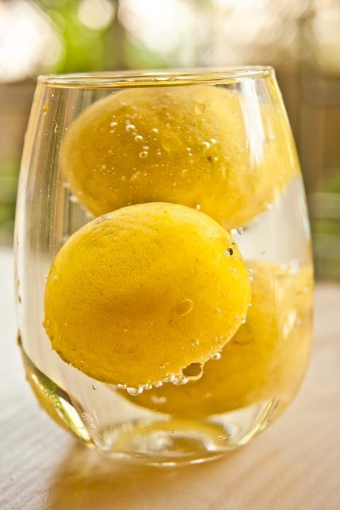 lemons-167056_960_720